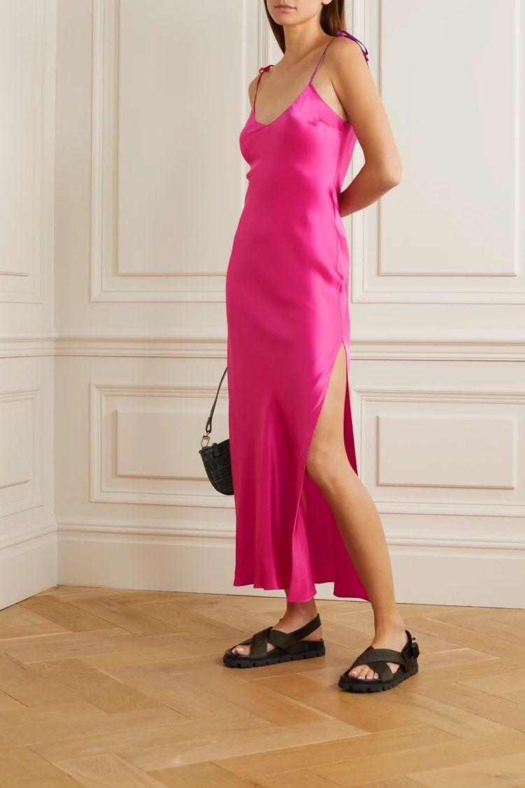 Cara Menggosok Pakaian yang Susah Rapi