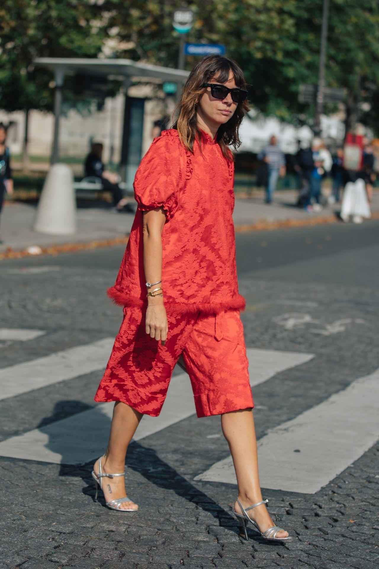 Tetap Nyaman, Ini Warna-warna Baju yang Nggak Membuatmu Cepat Gerah