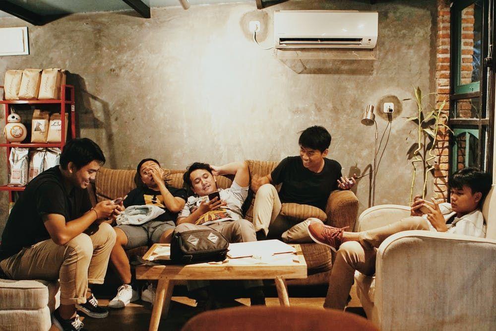 10 Budaya Indonesia Ini Bikin Orang Korea Selatan Terheran-Heran