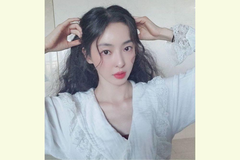 Cantiknya Effortless, Yuk Intip 7 Pesona Lee Da Hee!