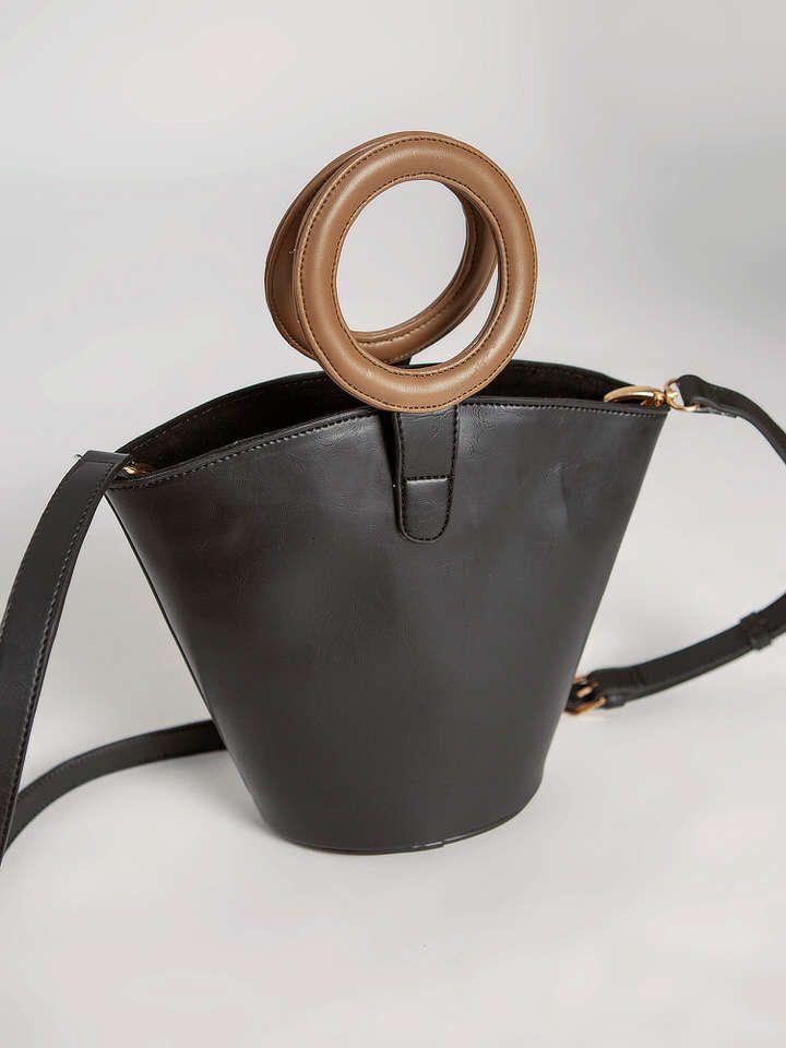 #PopbelaOOTD: Rekomendasi Bucket Bag dari Brand Lokal