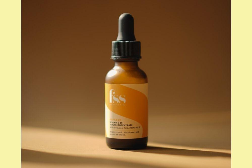 Kulit Cerah dan Bersinar dengan 7 Rekomendasi Serum Vitamin C Lokal