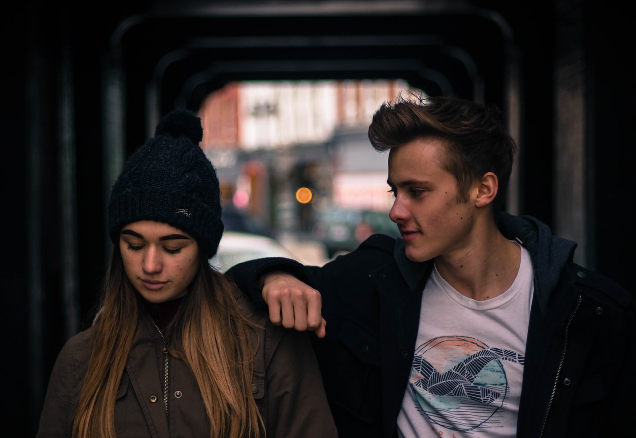 Respons Terbaik dan Terburuk untuk Teman yang Baru Saja Putus