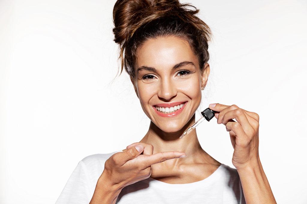 Skincare 101: Tips Pemakaian Serum Agar Hasilnya Optimal