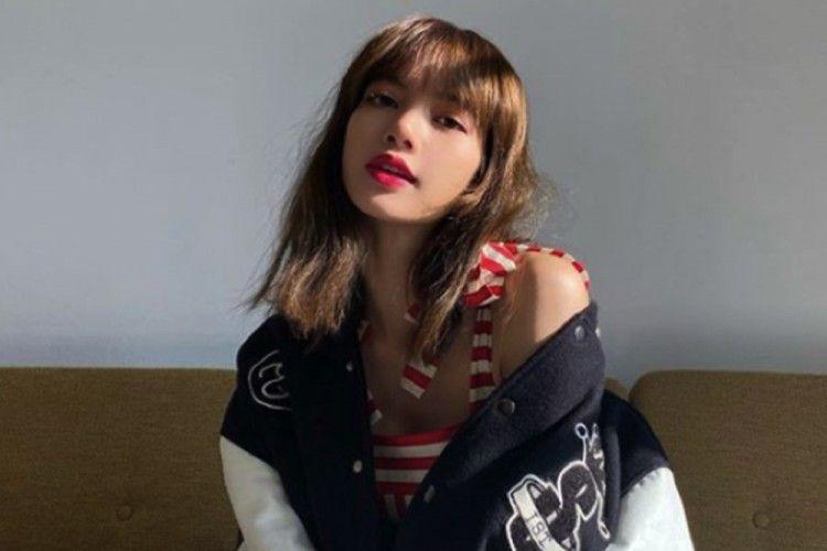 5 Pesona Lisa 'BLACKPINK' yang Bikin Hati Penggemarnya Luluh