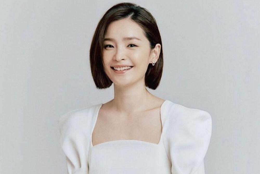 Berkarisma, Intip 9 Pesona Aktris Korea yang Berperan Sebagai Dokter
