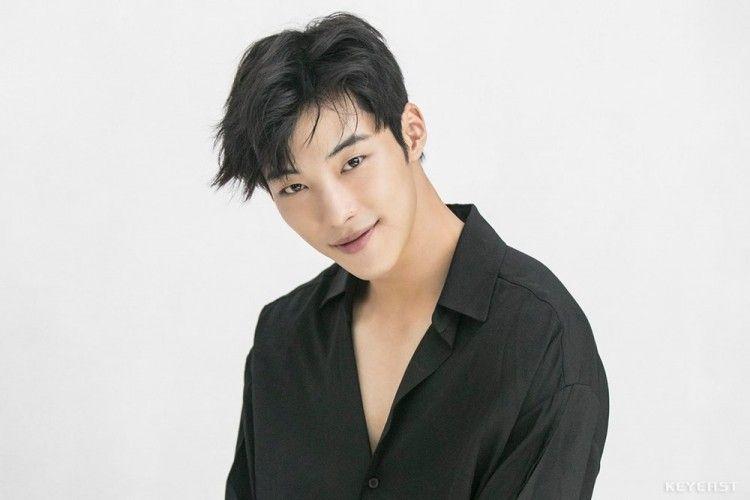 Layak Jadi 'Boyfriend Material', 8 Pesona Woo Do Hwan Ini Memikat Hati