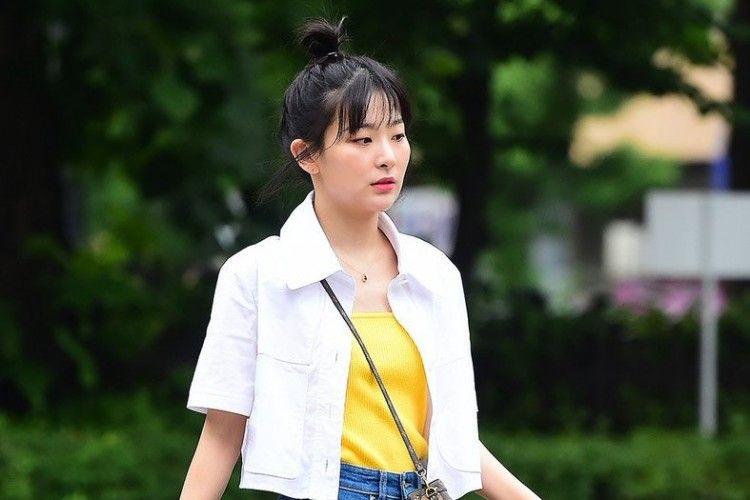 Potret Gaya Seulgi 'Red Velvet', Kasual tapi Kece!