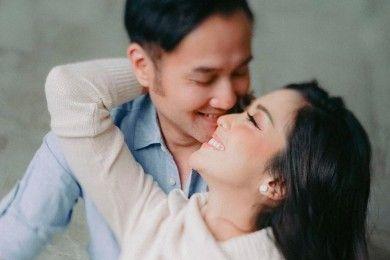 Diterpa Isu Miring, 10 Momen Bahagia Ririn Dwi Ariyanti Aldi Bragi