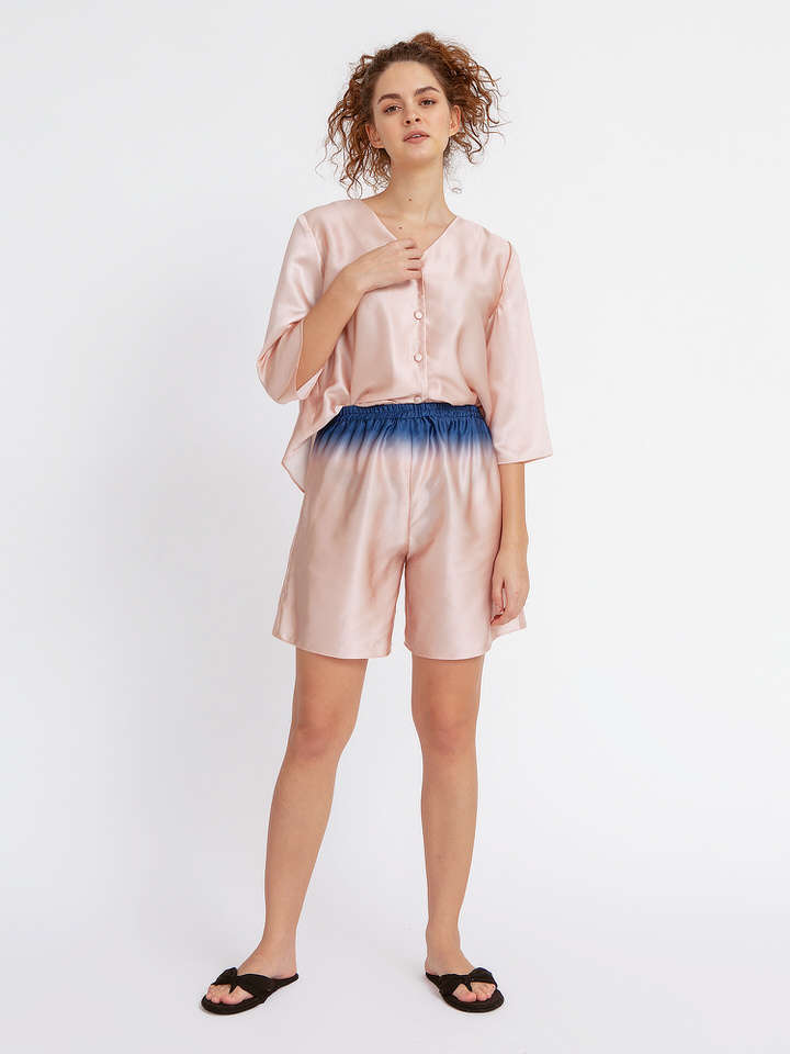 #PopbelaOOTD: Rekomendasi Baju Tidur Paling Trendi untuk Staycation