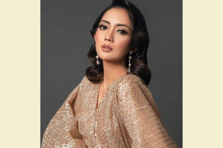 Sudah Berusia 34 Tahun, Yuk Intip 7 Pesona Ririn Dwi Ariyanti!
