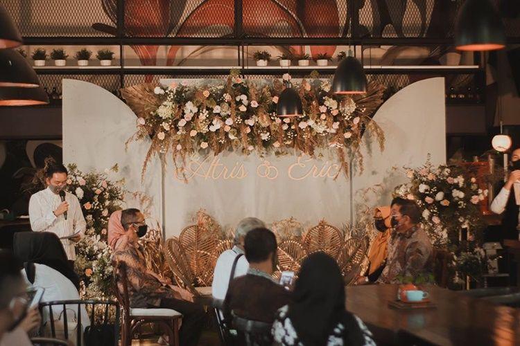 Putus dari Chef Juna, Intip 7 Foto Pertunangan Atries Angel dan Pacar