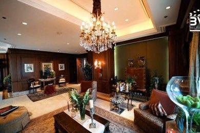 Super Mewah, 11 Potret Istana Atas Awan Milik Amrit Punjabi