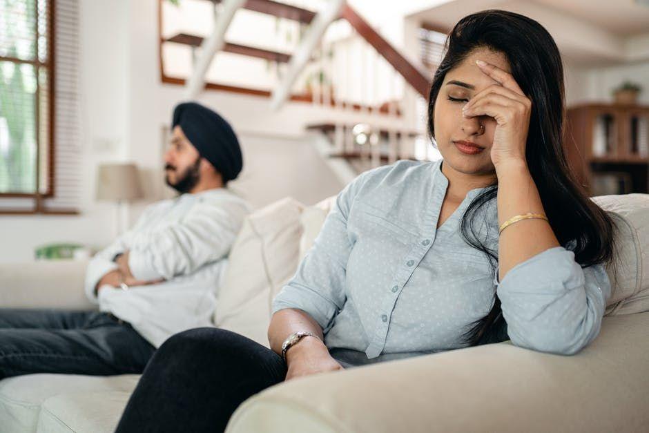 5 Tanda Kamu Insecure dalam Suatu Hubungan Serta Cara Menghentikannya
