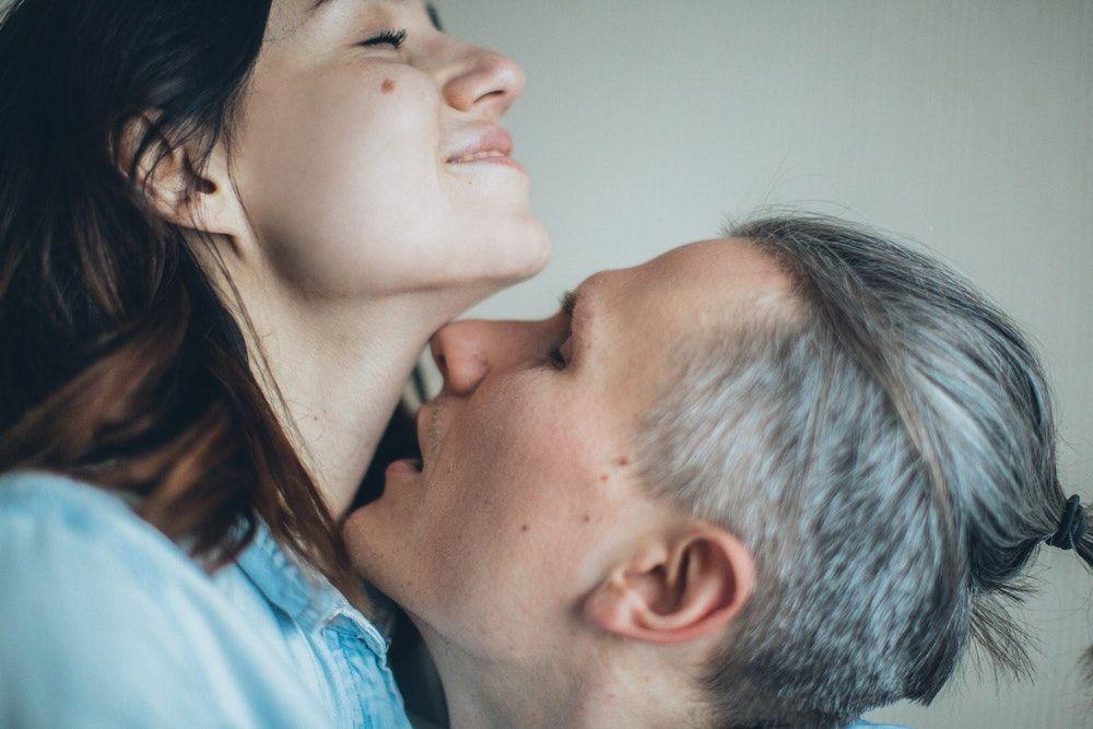 Lakukan 6 Kebiasaan Seks Sehat Ini untuk Hubungan Lebih Bahagia