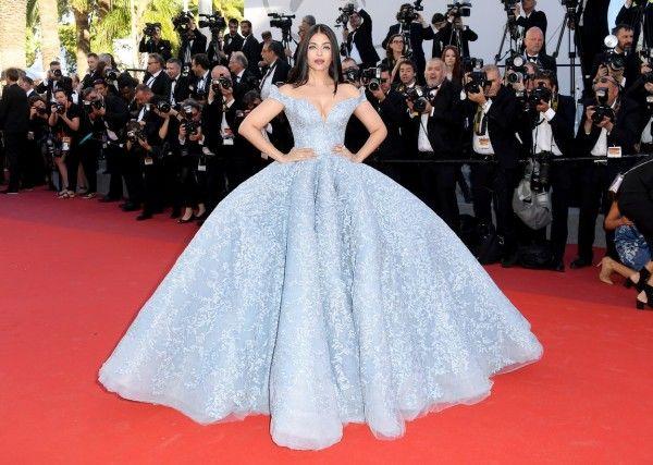 Perubahan Gaya Seksi Aishwarya Rai Bachchan dari Masa ke Masa