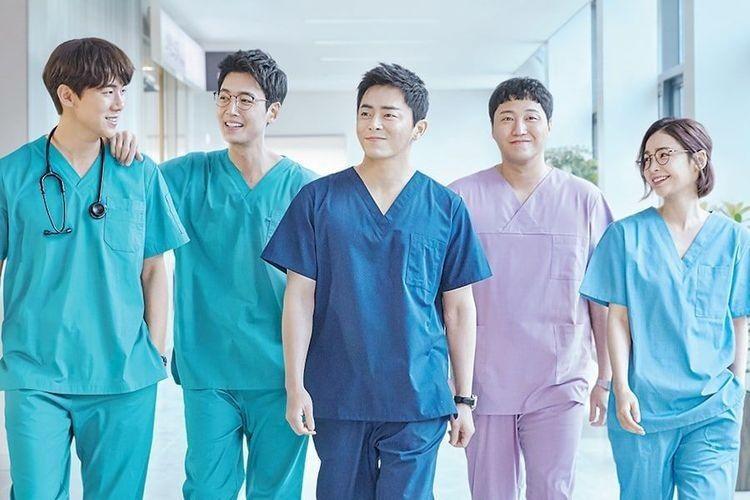 5 Pasangan 'Hospital Playlist' Ini Diharapkan Happy Ending di Season 2
