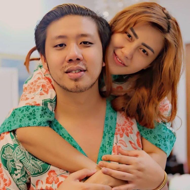 Umumkan Perceraian, Ini 9 Kenangan Manis Rey Utami dan Pablo Benua