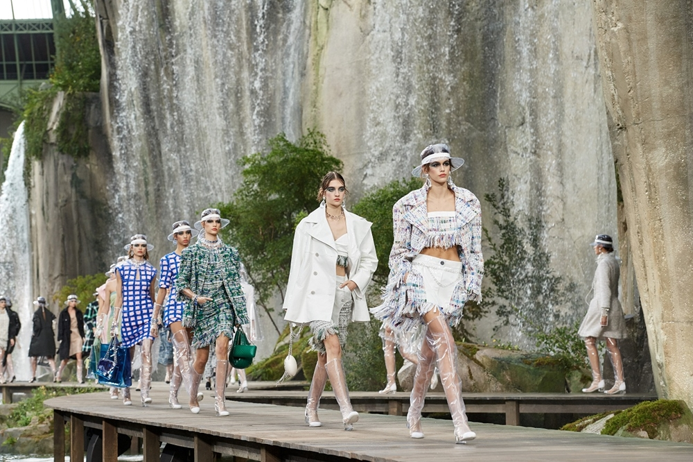 5 Fashion Show dengan Konsep Paling Epic hingga Tak Biasa