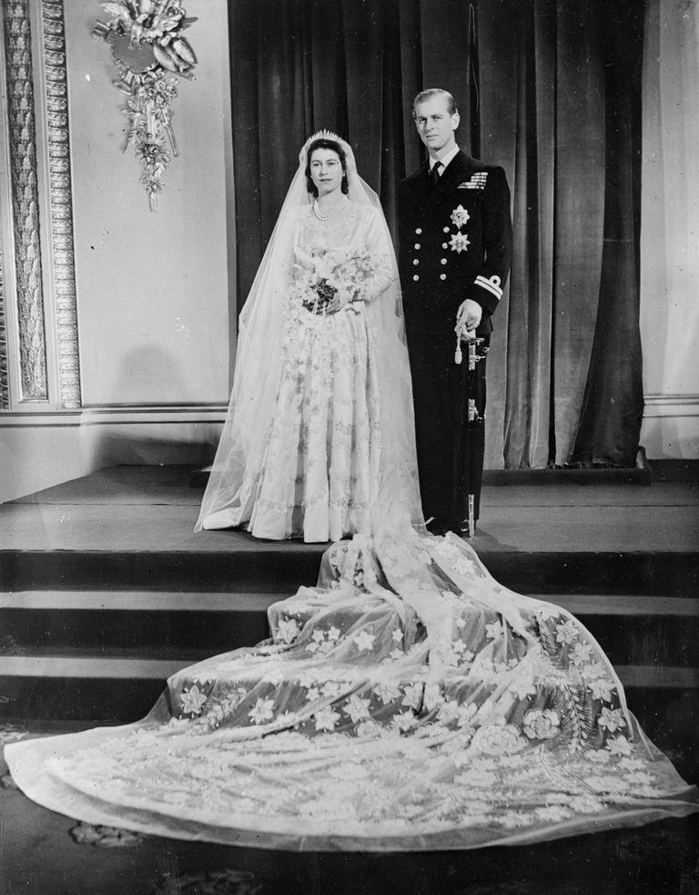 Gaun Pengantin Paling Ikonik Sepanjang Sejarah Kerajaan Inggris