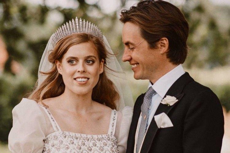 Sempat Ditunda, Intip Romantisnya Pernikahan Putri Beatrice