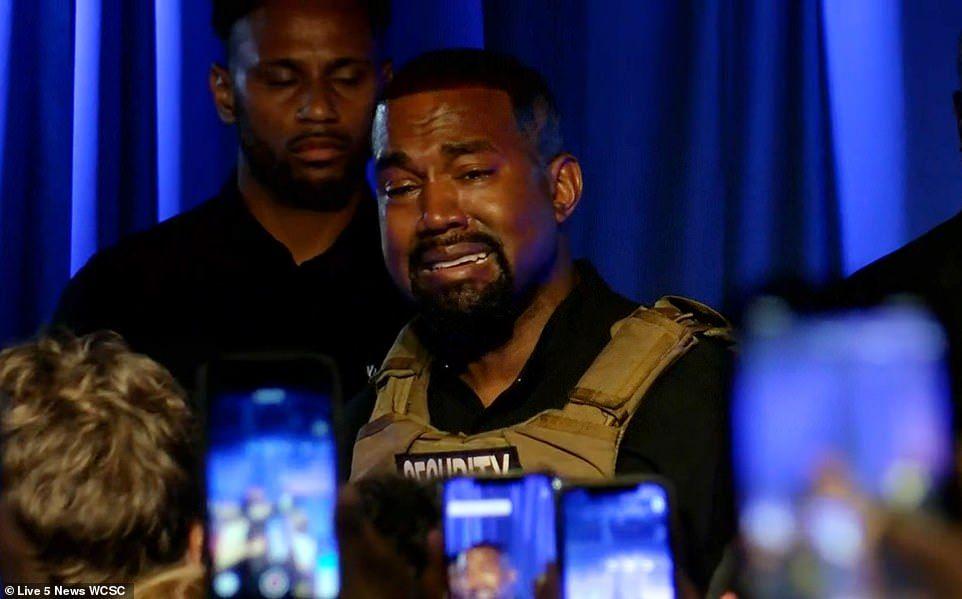 Akui Pernah Minta Kim Kardashian Aborsi, Kanye West Sudah Kelewatan?