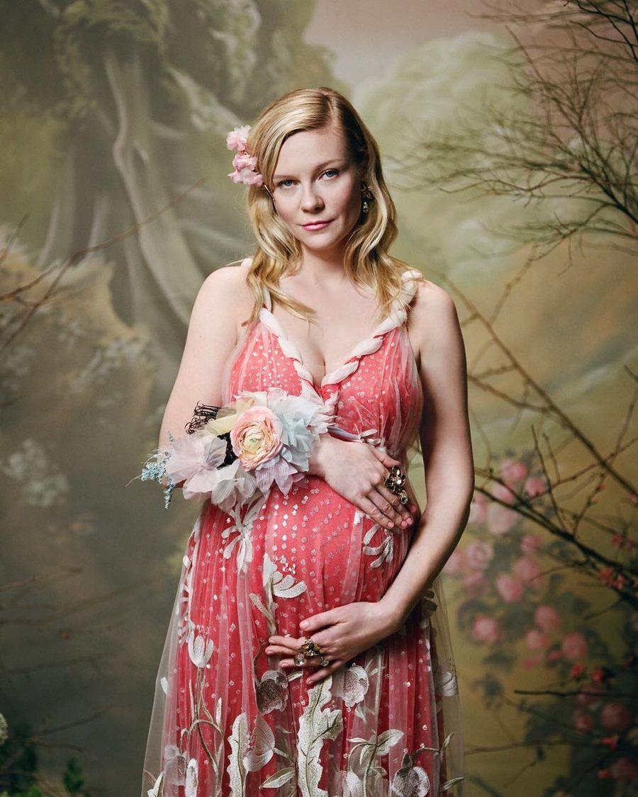 Pamer Perut Buncit, Ini Cara 9 Seleb Hollywood Umumkan Kehamilan