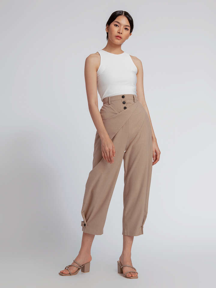 #PopbelaOOTD: Kumpulan Celana Midi dari Brand Lokal