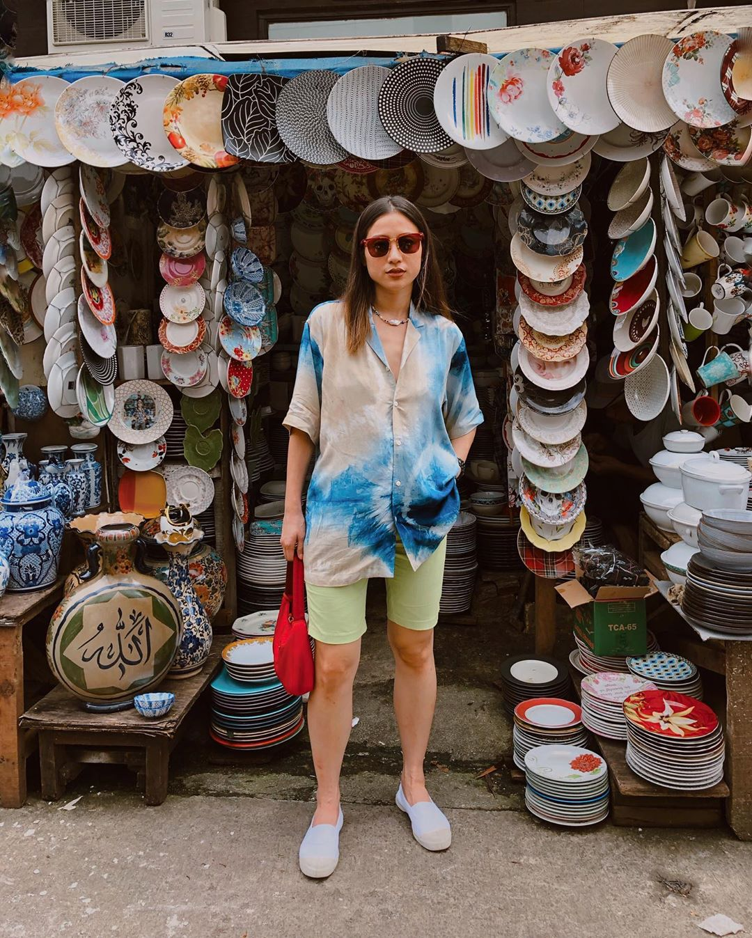 Tips Mix N Match Outfit Tie-dye  a La Selebgram Indonesia