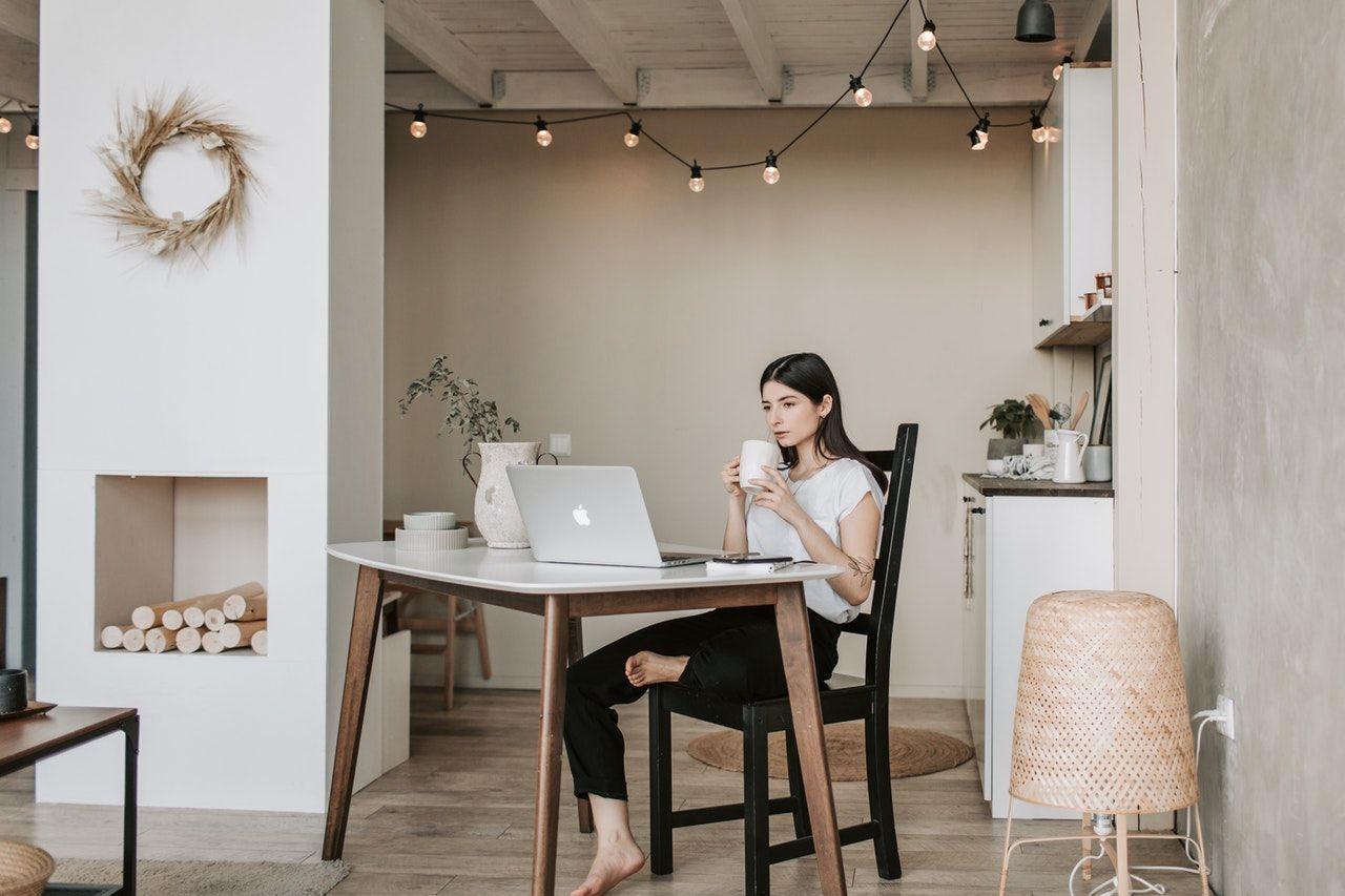 Praktis, Ini 5 Manfaat Mengikuti Webinar Online