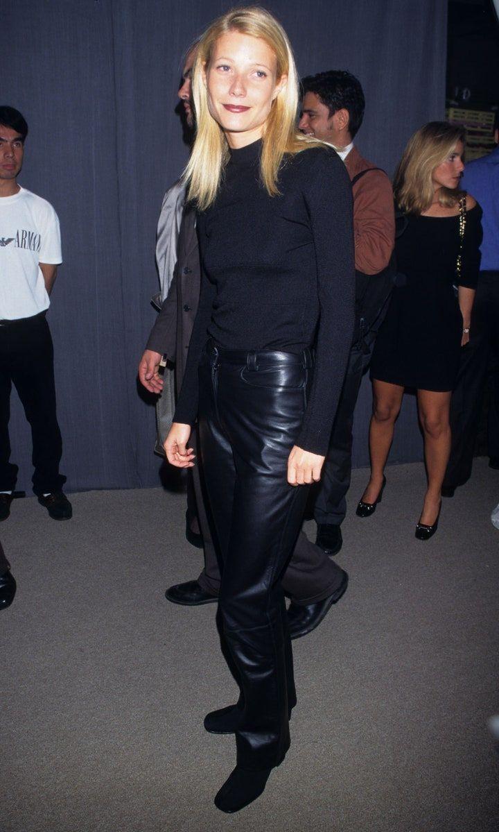 Gaya 90an Gwyneth Paltrow di Karpet Merah, Glamor Banget!