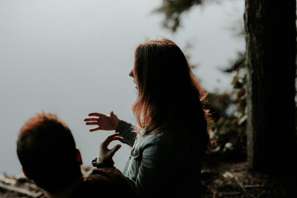 Bukan Fisik, Ini 6 Hal yang Perlu Kamu Lihat dalam Diri Pasangan