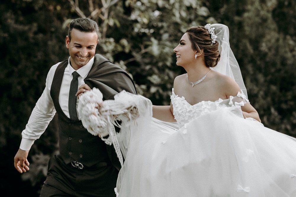 7 Tips Membuat Virtual Wedding Terasa Spesial dan Berkesan