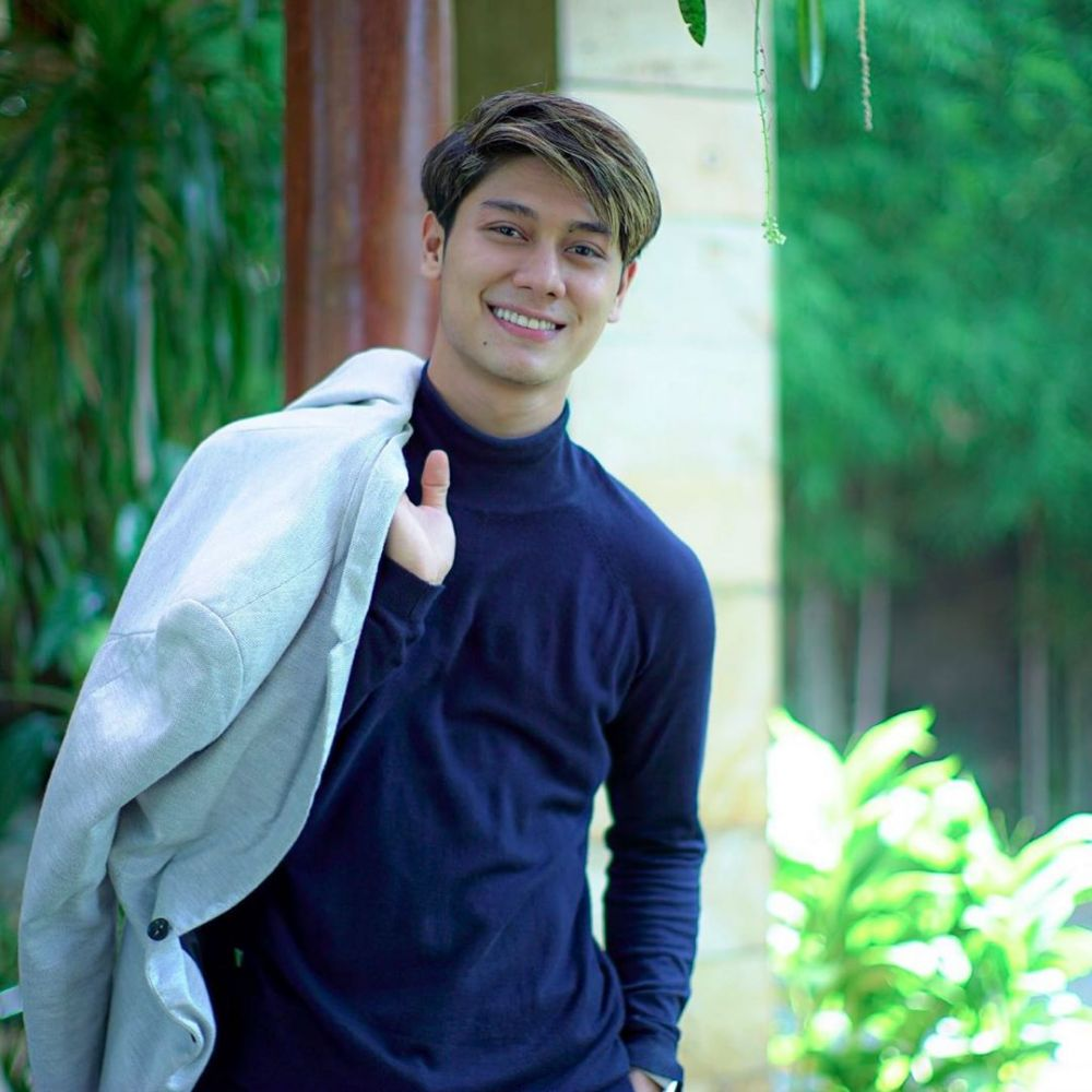Aktor yang Bikin Jatuh Hati, 9 Potret Perjalanan Karier Rizky Billar