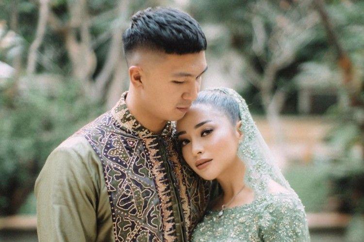 Gabungkan Dua Budaya, Intip 10 Foto Lamaran Nikita Willy-Indra Priawan