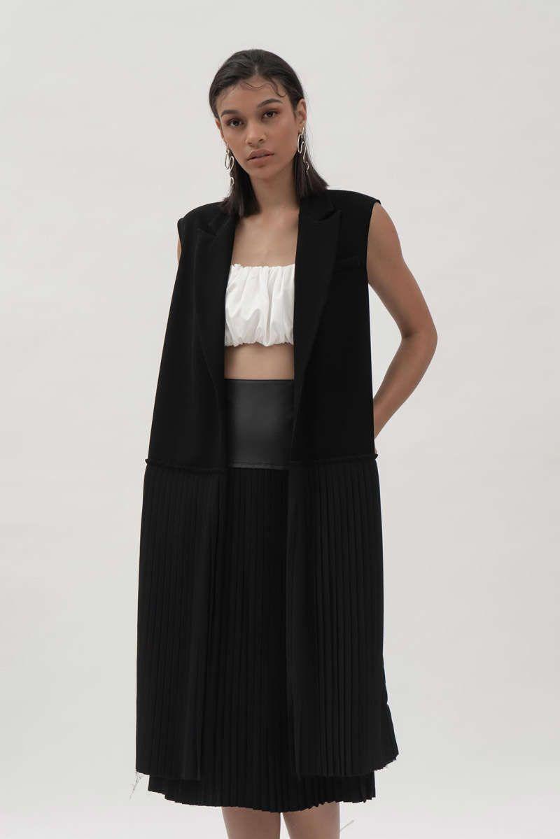 #PopbelaOOTD: Kumpulan Pakaian Serba Pleats dari Brand Lokal