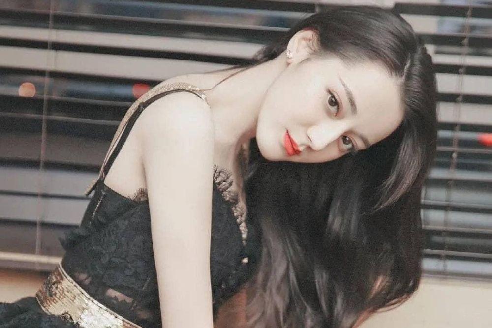 7 PesonaDilraba Dilmurat, Aktris Tiongkok yang Sering Beradegan Intim