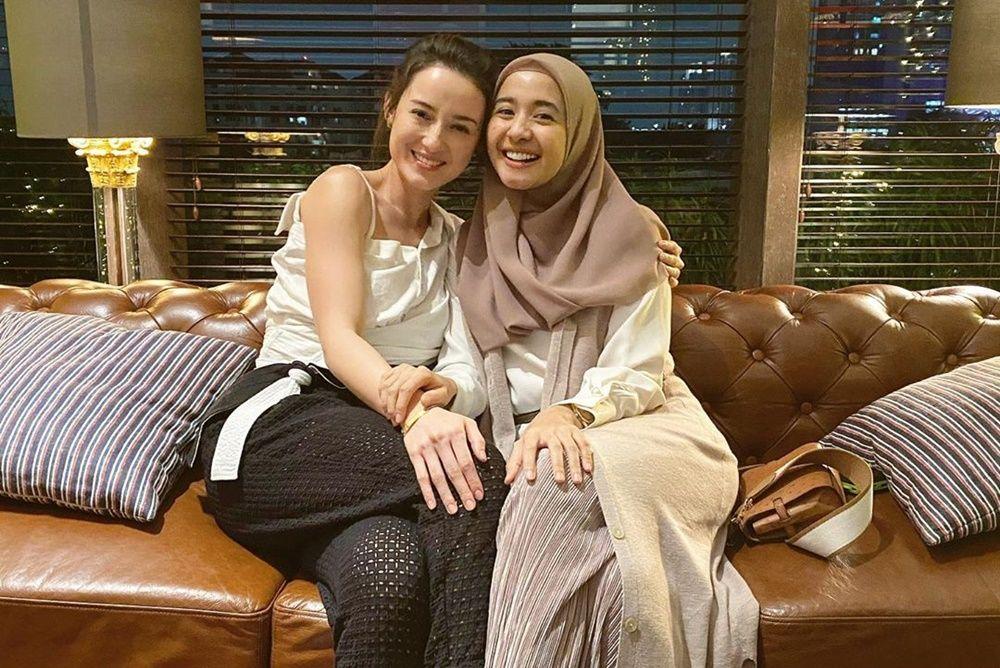 10 Artis yang Menjalin Persahabatan Beda Agama, Penuh Toleransi!
