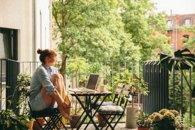 5 Cara Mudah Ciptakan Desain Taman Cantik Minimalis Balkon
