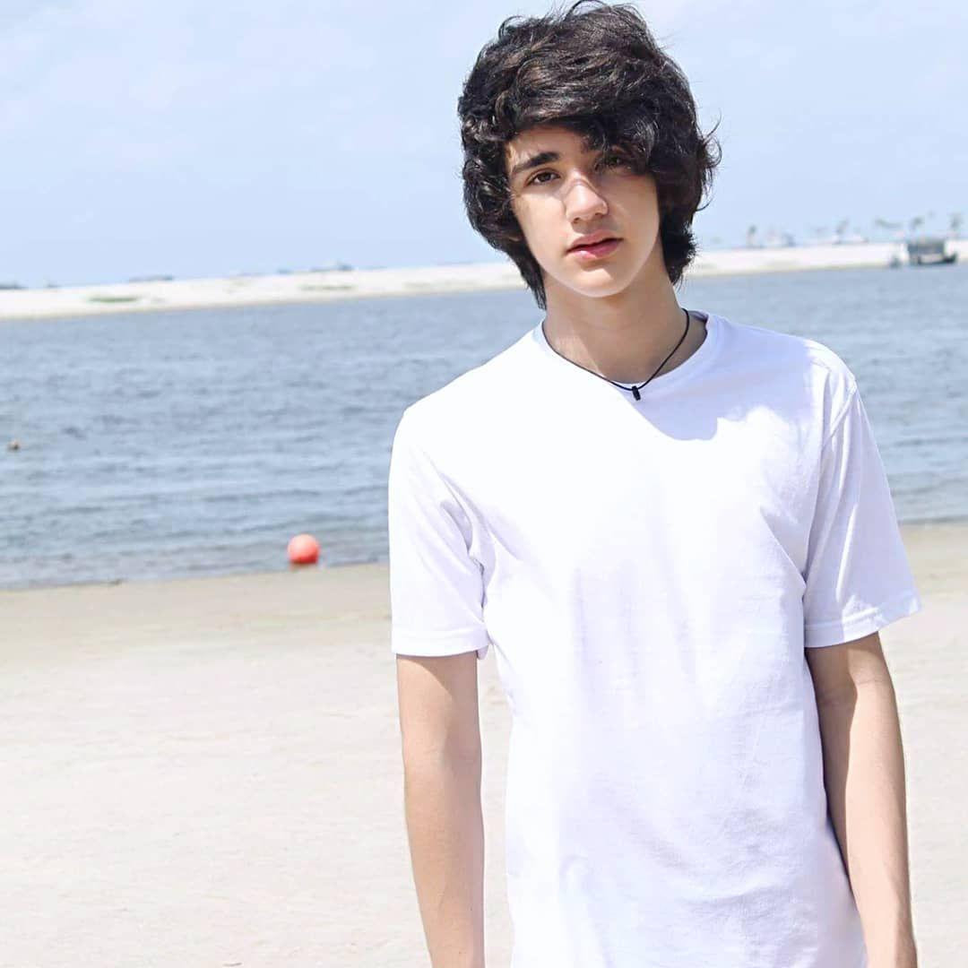 5 Fakta Emiliano Cortizo, Si Aktor Muda yang Mencuri Perhatian