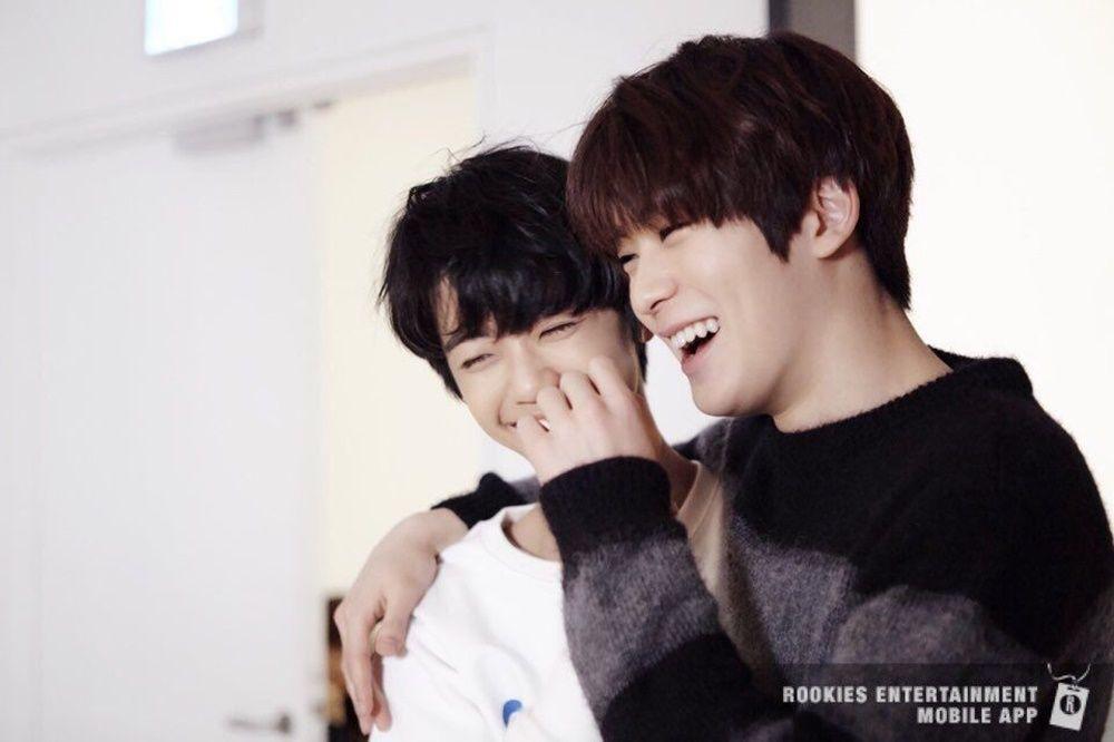 Bikin Gemas! 10 Potret Manisnya Persahabatan Jaehyun dan Jaemin 'NCT'