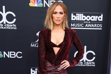 Deretan Sepatu Seksi Pernah Dipakai oleh Jennifer Lopez