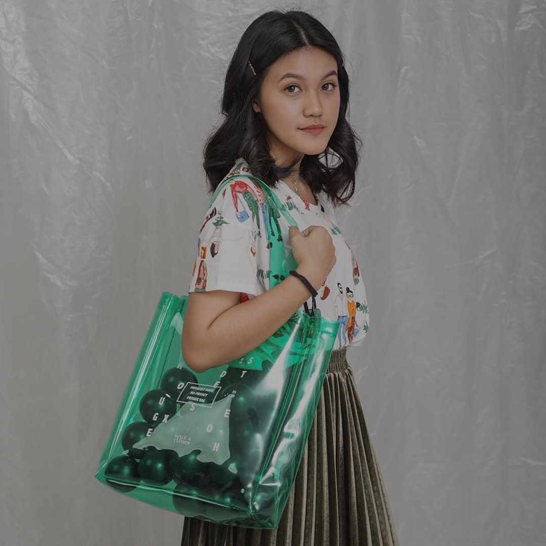 #PopbelaOOTD: Kumpulan Tas PVC Paling Lucu dan Trendi dari Brand Lokal