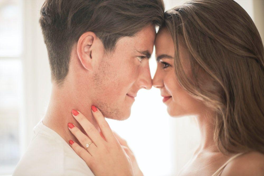Bingung Urusan Cinta? Ini Nasihat untukmu Berdasarkan Kata Zodiak