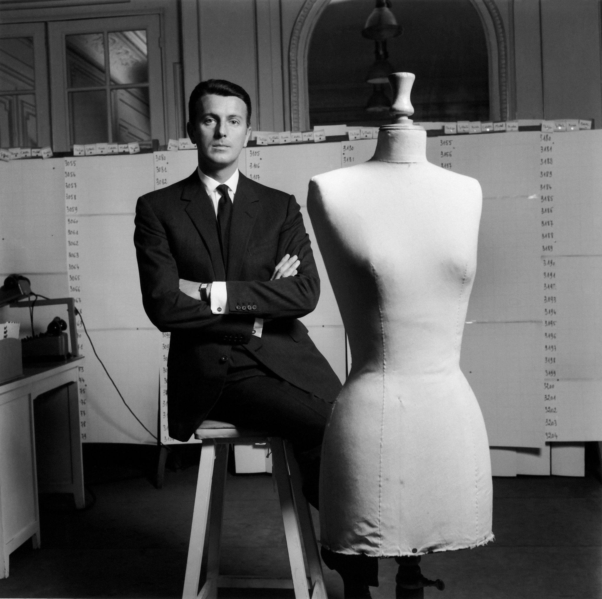 Alasan Givenchy Jadi Brand Fashion Ikonik dan Mahal