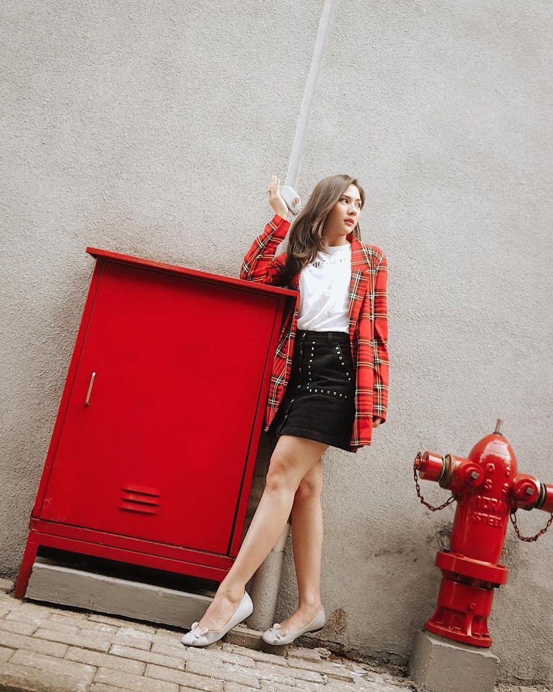 Inspirasi OOTD Kece yang Bisa Kamu Tiru dari Jessica Mila