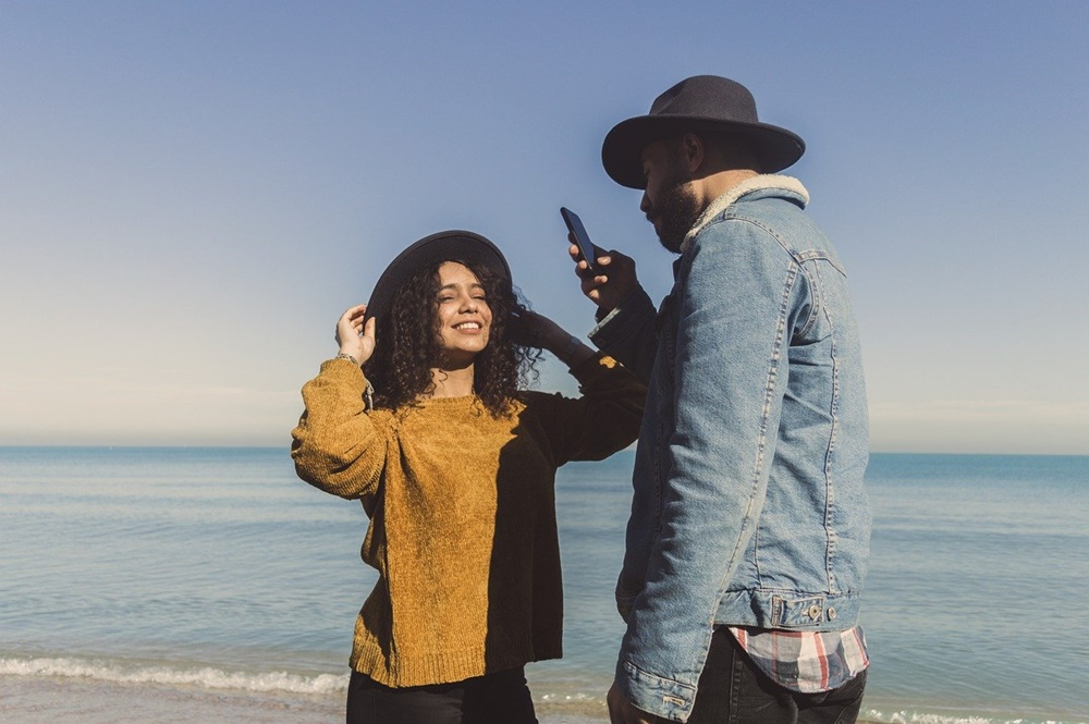 5 Keseruan Ini Hanya Dirasakan Pasangan Sesama Capricorn, Apa Saja?