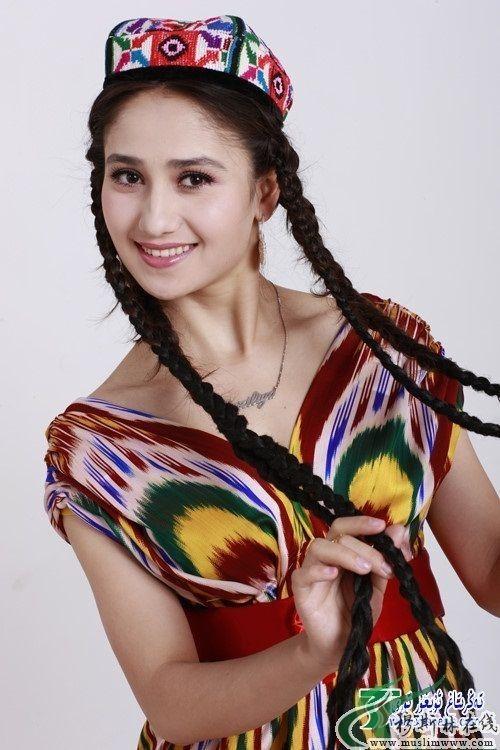Selain Dilraba Dilmurat, Ini 8 Aktris Tiongkok dari Suku Uighur