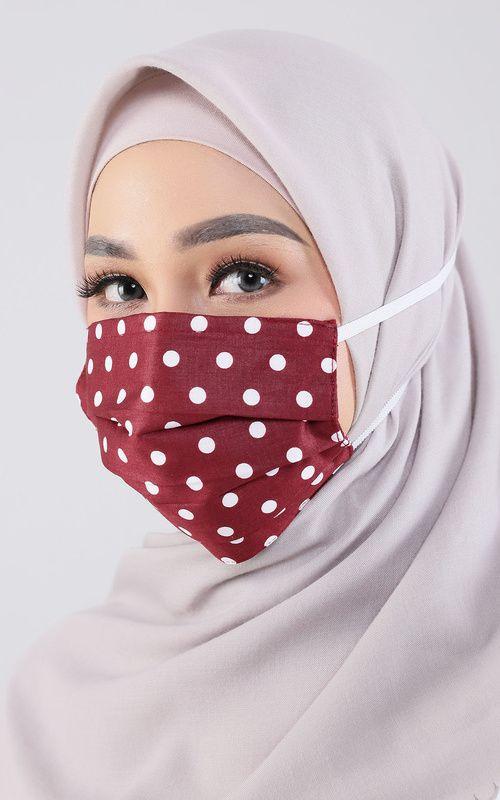 #PopbelaOOTD: Rekomendasi Masker untuk Berhijab dari Brand Lokal