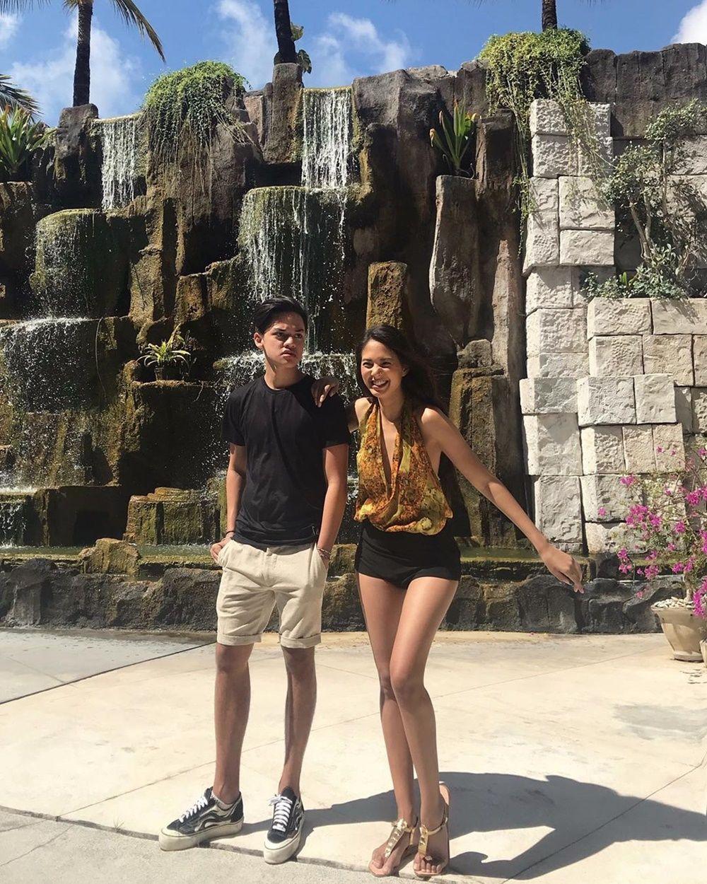 Sibling Goals! Ini 9 Bukti Kekompakan Aurelie dan Jeremie Moeremans